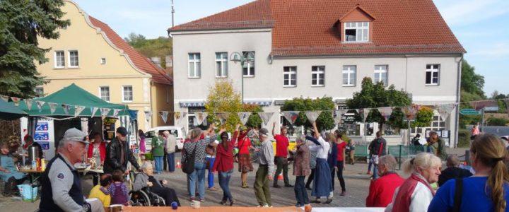 Sommerlicher Herbstbeginn in Oderberg
